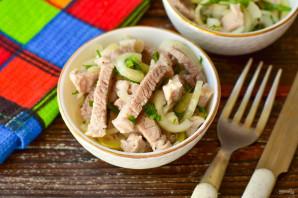 Деревенский салат с мясом