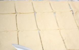 Тарталетки с сыром и чесноком - фото шаг 1