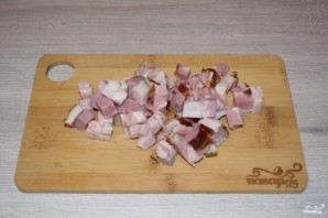 Курица в сливочном соусе с беконом - фото шаг 1