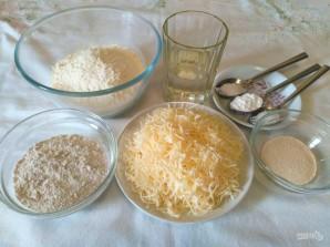 Хлебные крекеры с сыром - фото шаг 1