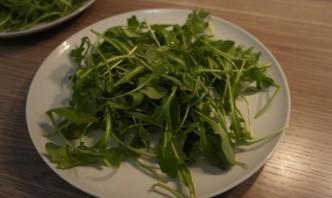 Салат с пармской ветчиной - фото шаг 2