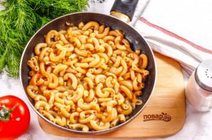 Макароны с сыром на сковороде - фото шаг 5