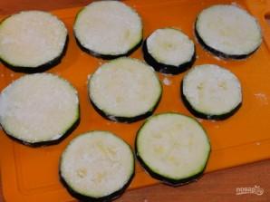 Кабачки в сырном кляре - фото шаг 2