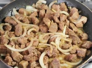 Перловка с мясом в горшочке - фото шаг 3