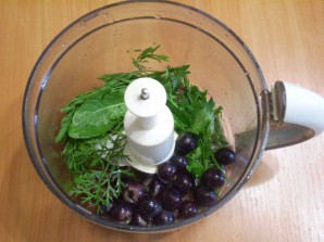 Зеленый коктейль с виноградом - фото шаг 3