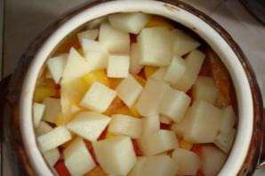 Горшочки с капустой, картофелем и курицей - фото шаг 4