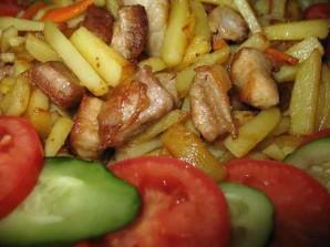 Жареная свинина с картошкой - фото шаг 4