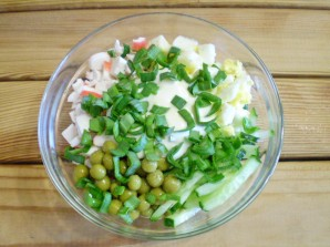 Салат крабовый с огурцом - фото шаг 7