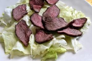 Салат с зеленым омлетом и говядиной гриль - фото шаг 5