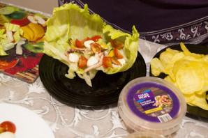 """Салат из кальмаров и мидий с чипсами """"Жемчужина моря"""" - фото шаг 5"""