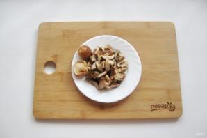 Солянка с солеными грибами - фото шаг 9