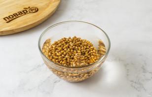Смузи с пророщенной пшеницей - фото шаг 2