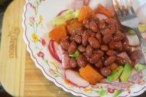 Салат из фасоли, сладкого картофеля и авокадо - фото шаг 7