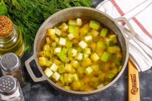 Суп из кабачков с креветками - фото шаг 5