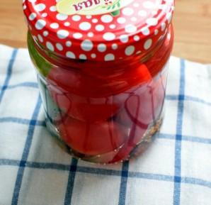 Маринованные помидоры сладко-острые - фото шаг 7