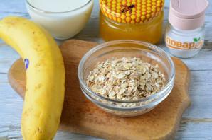 Овсяная каша с бананом и медом