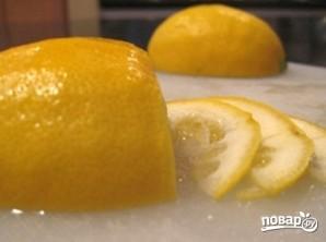 Шарлотка с лимоном - фото шаг 3