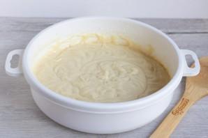 Пирог со сливами и яблоками - фото шаг 3