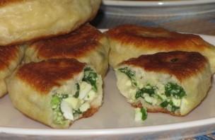 Жареные пирожки с луком - фото шаг 6