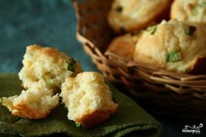Маффины с зеленым луком и козьим сыром - фото шаг 3