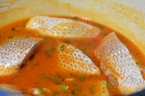 Рыбный суп с томатной пастой - фото шаг 5