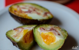 Запеченные фаршированные авокадо - фото шаг 7