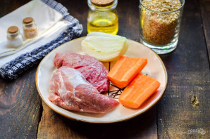 Перловка с мясом и грибами - фото шаг 1