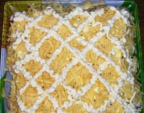 Салат с курицей и ананасом слоями - фото шаг 5