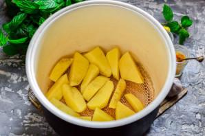Молодой картофель в мультиварке - фото шаг 4