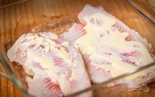 Рыба, запеченная с лимонным маслом - фото шаг 2