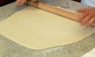 Тесто для пиццы бездрожжевое на воде - фото шаг 5