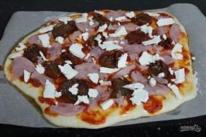 Пицца с вялеными помидорами - фото шаг 5