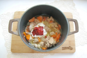 Свинина в сметанно-томатном соусе - фото шаг 8