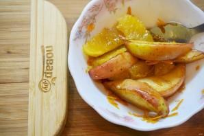 Большой салат с уткой, беконом, яблоками и апельсинами - фото шаг 7