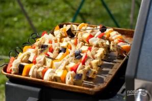 Шашлычки с курицей и овощами на гриле - фото шаг 4