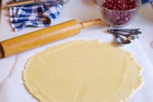 Сдобный пирог со смородиной - фото шаг 3