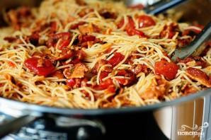 Капеллини с помидорами и беконом - фото шаг 4