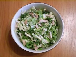Капустный салат с майонезом - фото шаг 7