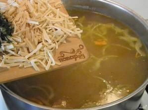 Вегетарианский суп с лапшой - фото шаг 6