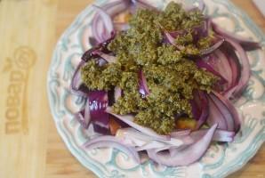 Салат из авокадо и красного лука - фото шаг 6