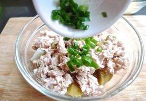 Салат с картофелем и тунцом - фото шаг 4