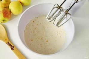 Яблочный пирог со штрейзелем - фото шаг 3