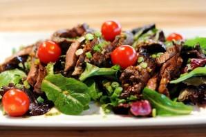 Горячий салат с говядиной - фото шаг 12