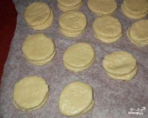Сметанные лепешки в духовке - фото шаг 5