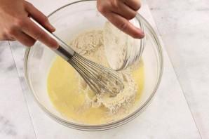 Блины с мёдом и орехами - фото шаг 3