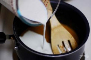 Торт с миндалём и солёной карамелью - фото шаг 6