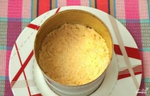Слоёный салат с копчёной курицей - фото шаг 3
