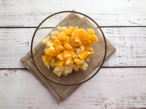 Салат с ананасами и апельсинами - фото шаг 3