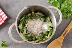 Салат из огурцов с чесноком на зиму - фото шаг 4