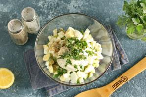 Салат с вяленой рыбой - фото шаг 5